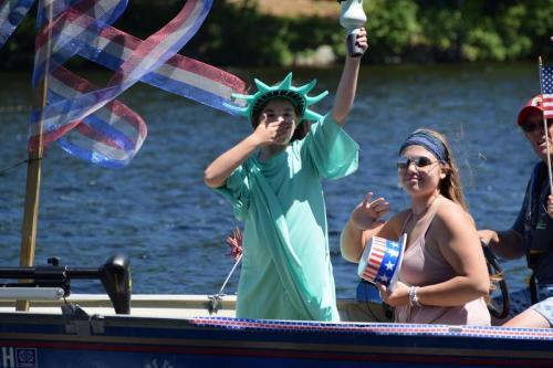 2017 boat parade 000