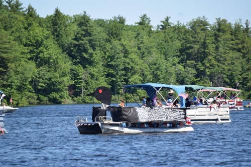 2017 boat parade 11