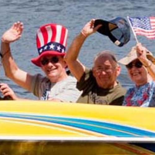boat_parade2