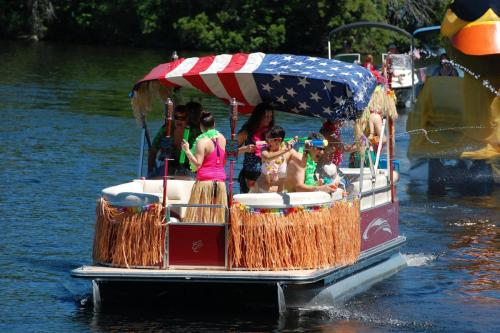 boat parade hawaiian